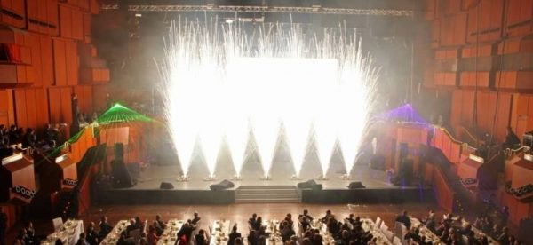 Indoorfeuerwerk Deutsche Leasing Alte Oper Frankfurt zündwerk move